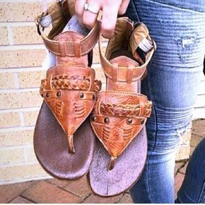 Roan leather sandals